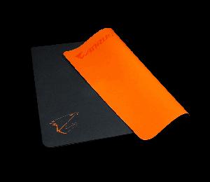 Gigabyte Aorus Amp500 Hybrid Gaming Mouse Pad Fabric Black Surface Organse Silicon Base Heat Molding