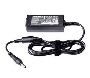 Toshiba Ac Adapter (65w / 3pin / 19v / 3.42a / 97.5w) Pa5178a-2ac3