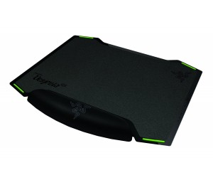 Razer Mouse Mat: Razer Vespula Dual-sided Gaming Mouse Mat With Wrist Rest 300mm X 220mm X 4mm