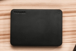 Toshiba 2Tb Canvio Basics Portable Hard Drive Storage. 3 Years Warranty. (New Hdtb420Ak3Aa)